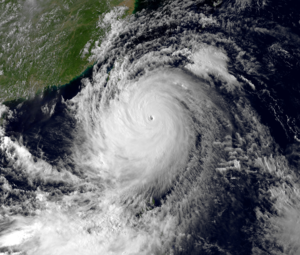 Typhoon_Usagi_20_Sep_2013_0730z